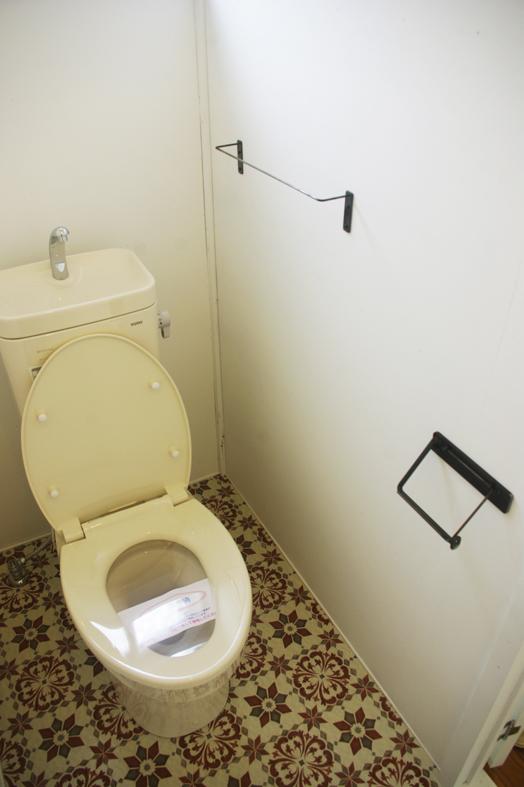 B4トイレ